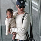 brad angelina airport69