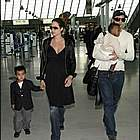 brad angelina airport74
