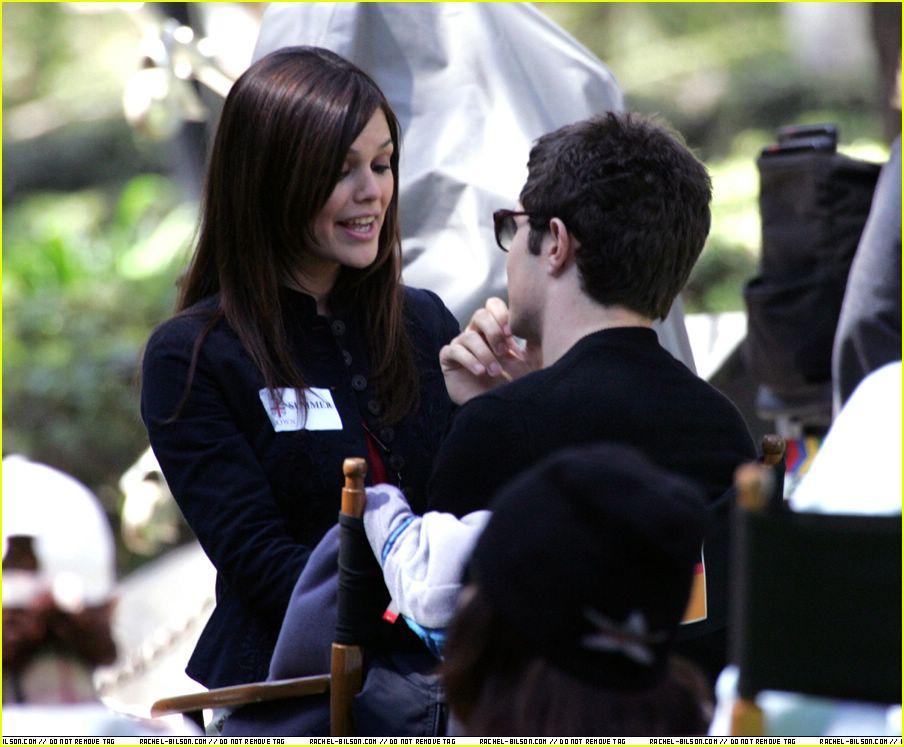 Adam Brody And Rachel Bilson Kissing