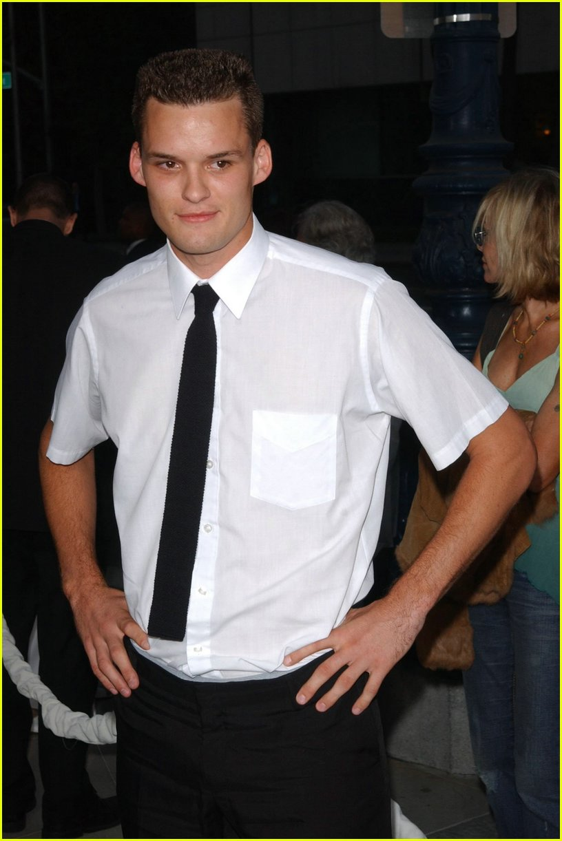 austin nichols short hair02