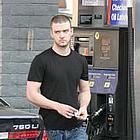 justin timberlake pumping gas21