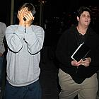 tobey maguire hiding face03