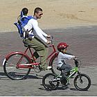 brad pitt bike ride01