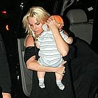 britney spears carrying sean preston09