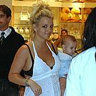 britney spears crying13