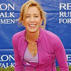 felicity huffman revlon cancer walk 2006 02