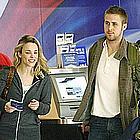 ryan gosling rachel mcadams airport01