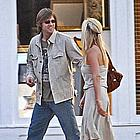 jim carrey jenny mccarthy holding hands07