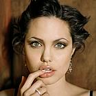 angelina jolie lips14
