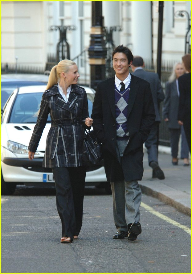 Full Sized Photo of gwyneth paltrow daniel henney07 ... Gwyneth Paltrow