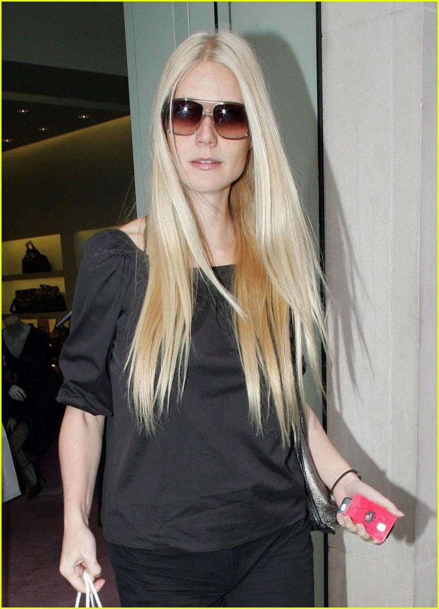gwyneth paltrow american express red card 05 Gwyneth Paltrow