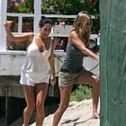 jennifer aniston beach 11