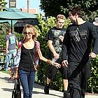 nicole richie brody jenner snuggling 03
