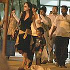 brad pitt angelina jolie goa india 01