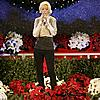 christina-aguilera-thanksgiving-special-01