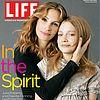 http://cdn04.cdn.justjared.comjulia-roberts-dakota-fanning-life-magazine-03.jpg