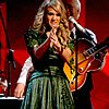 carrie-underwood-grammys-14.jpg