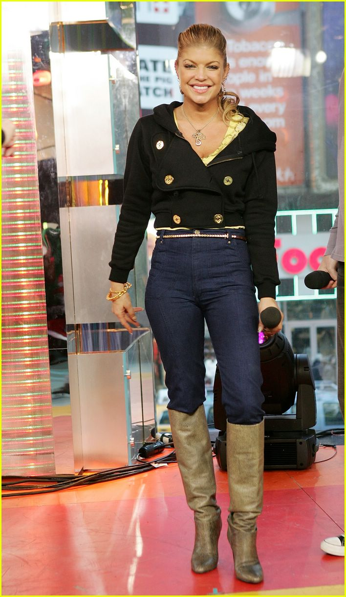 fergie ashley tisdale trl 09
