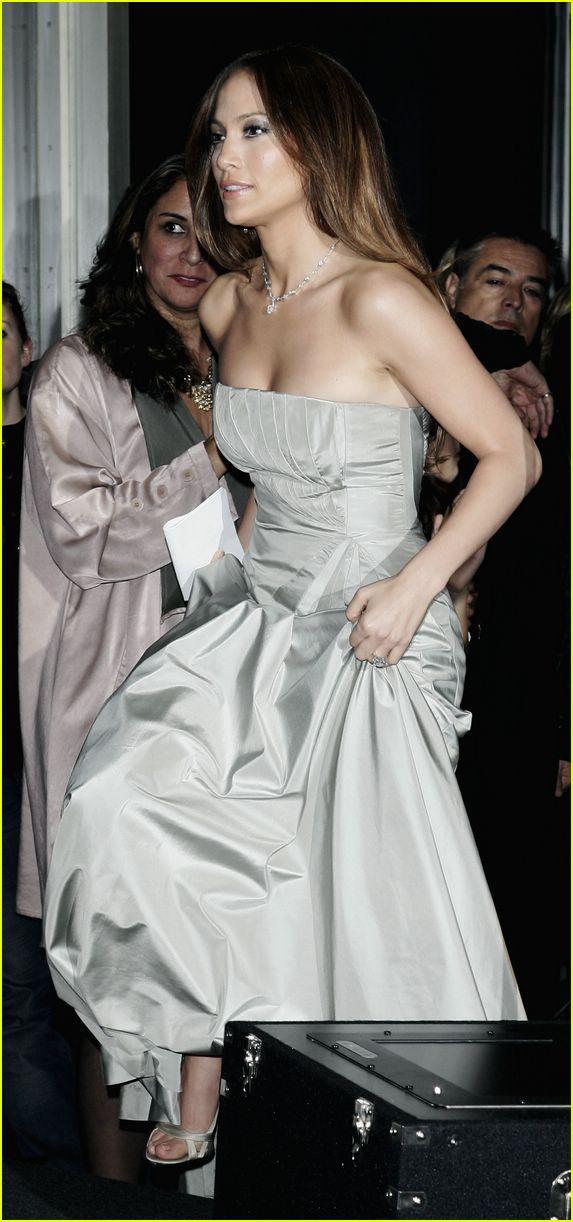 Jennifer Lopez Granted Amnesty Award Jennifer Lopez