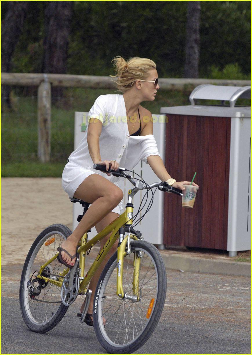 kate hudson owen wilson bike ride 09