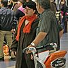 kelly clarkson airport 01