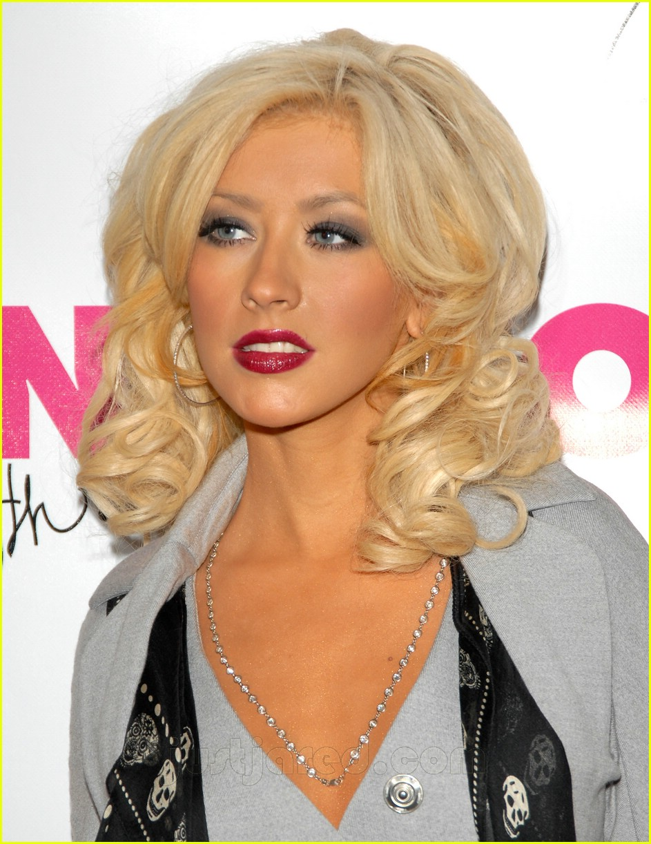 christina aguilera nylon party 02