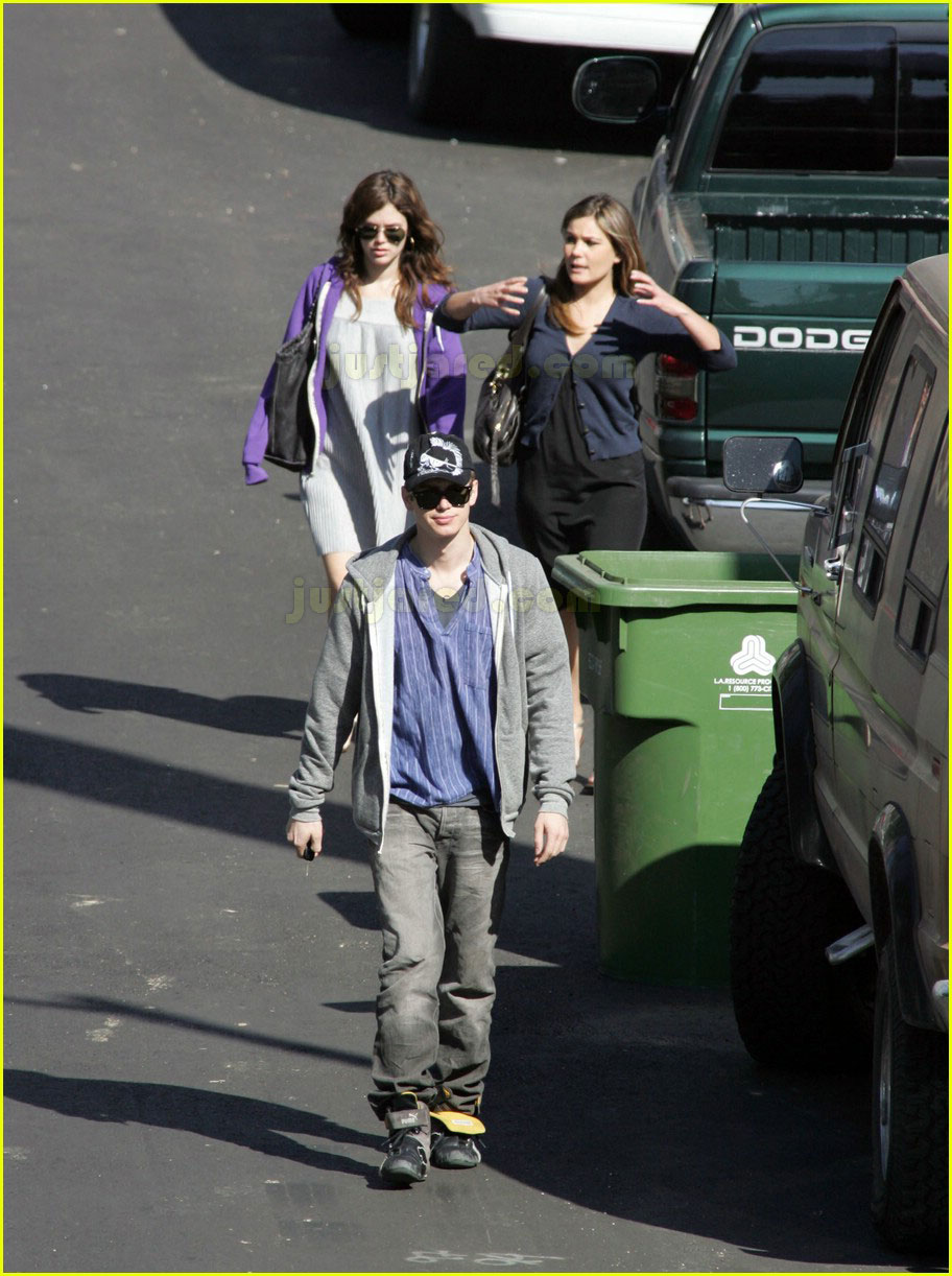 hayden christensen rachel bilson feeding each other 052415308
