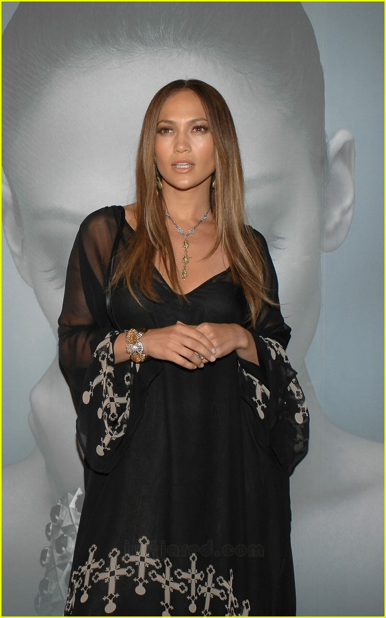 jennifer lopez celtic cross frock 10