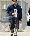 http://cdn02.cdn.justjared.comjude-law-apron-03.jpg