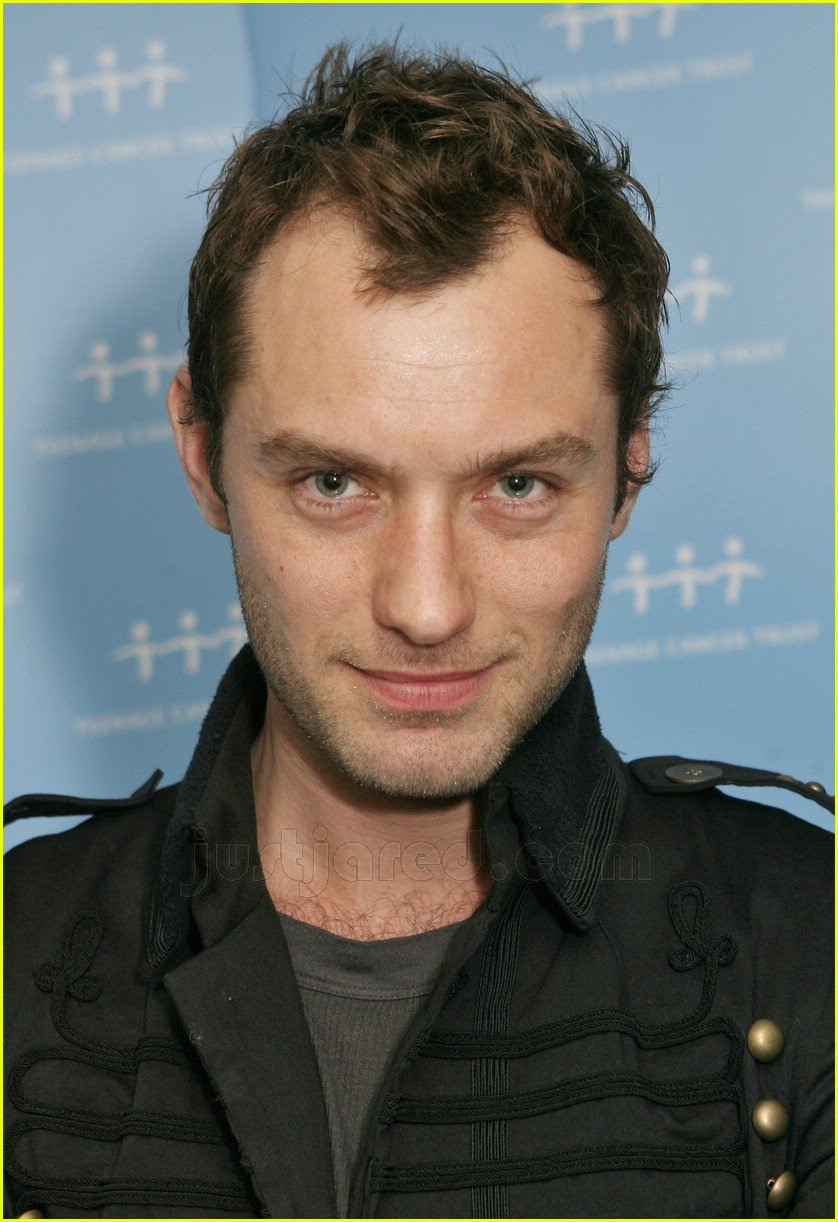 jude law teenage cancer trust 02