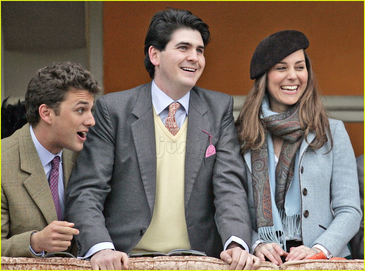 kate middleton horse racing 08