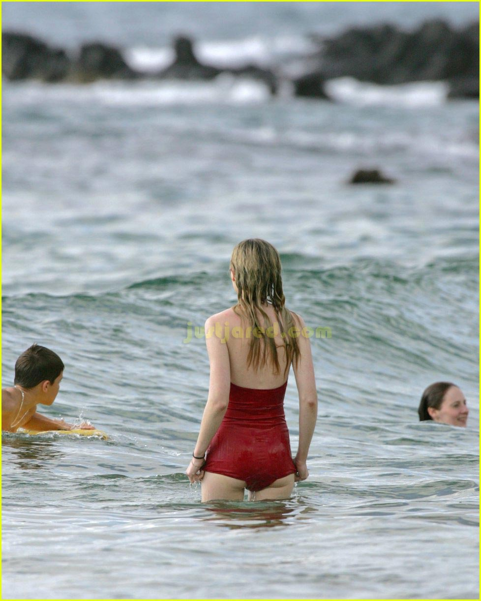kirsten dunst bikini 07