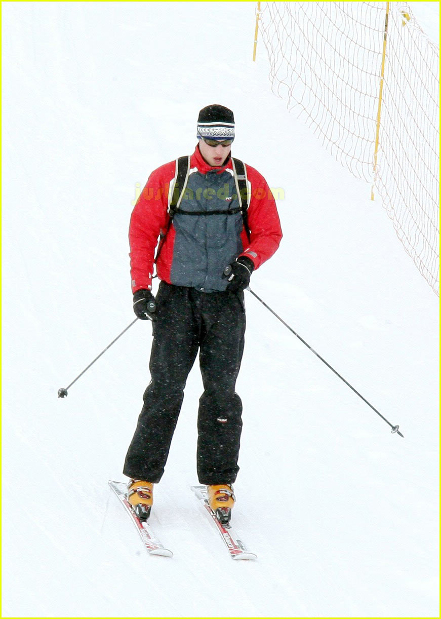 prince william kate middleton skiing 23