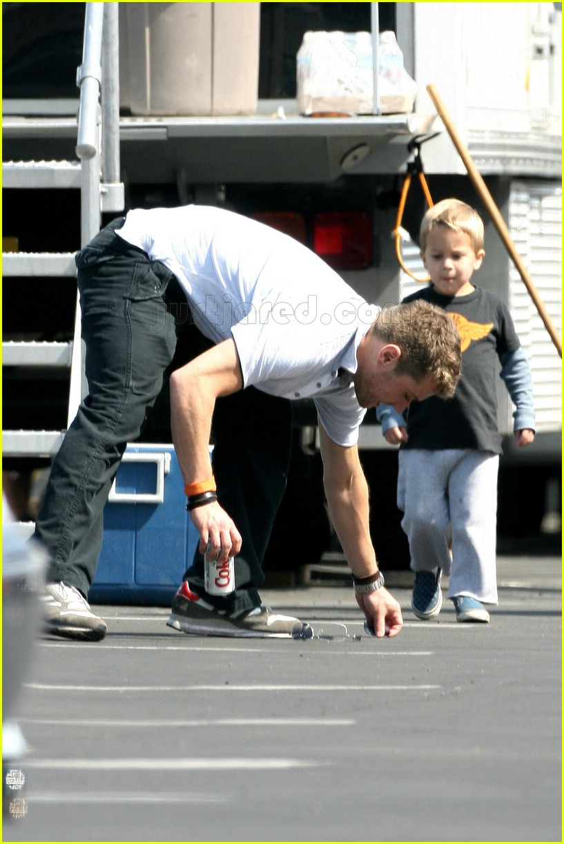 Full Sized Photo of de... Ryan Phillippe