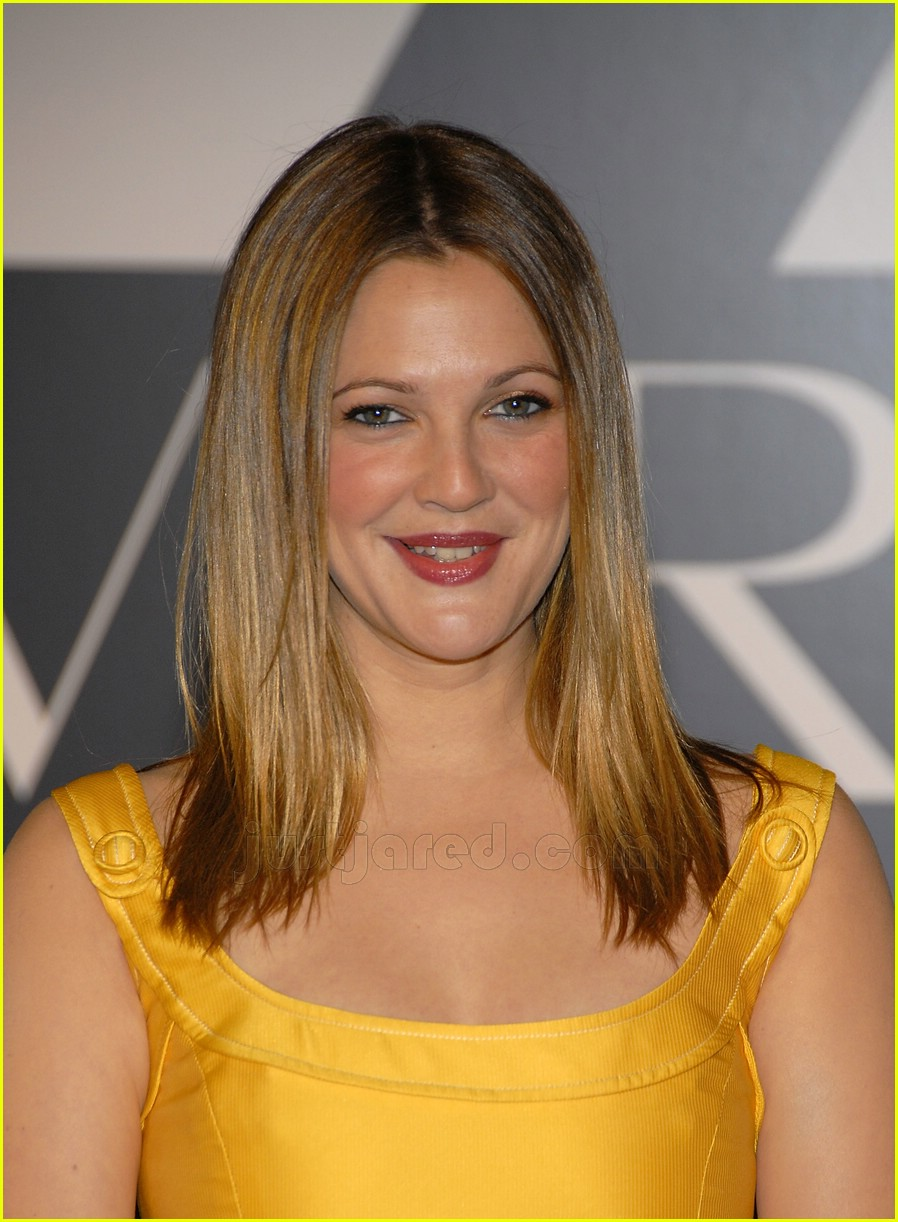 drew barrymore covergirl 08100551