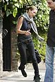 kate moss leaving house 02