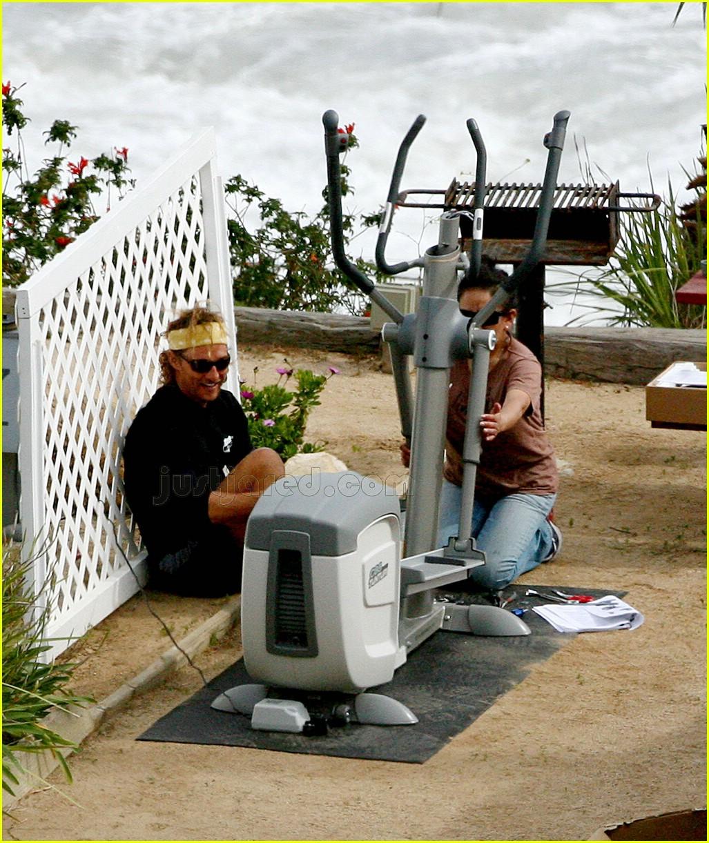 matthew mcconaughey elliptical exercise machine 07