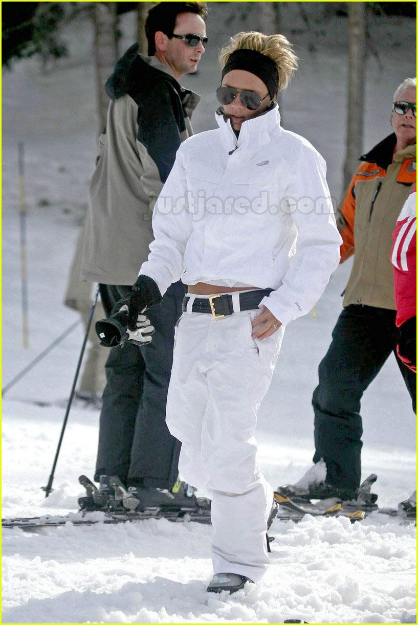 Full Sized Photo of victoria beckham skiing 01 | Photo ... David Beckham