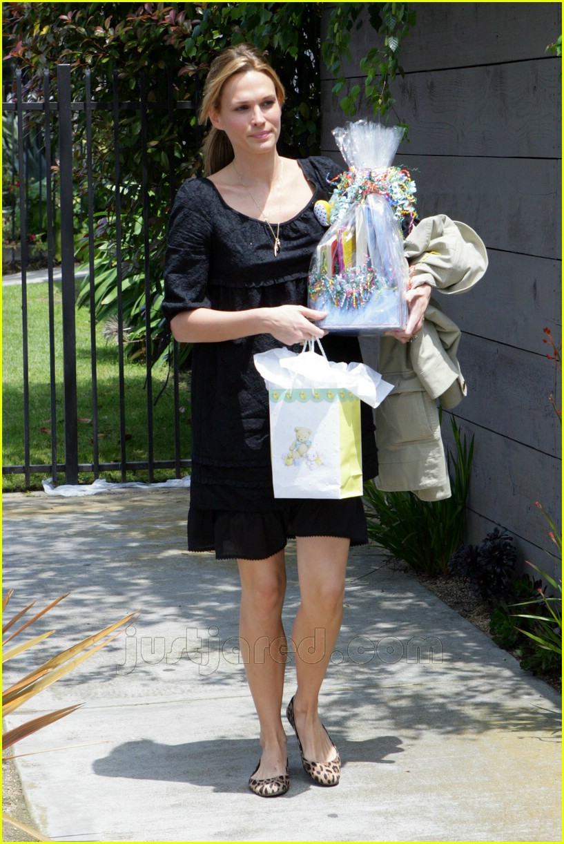 molly sims bridget moynahan baby shower 05