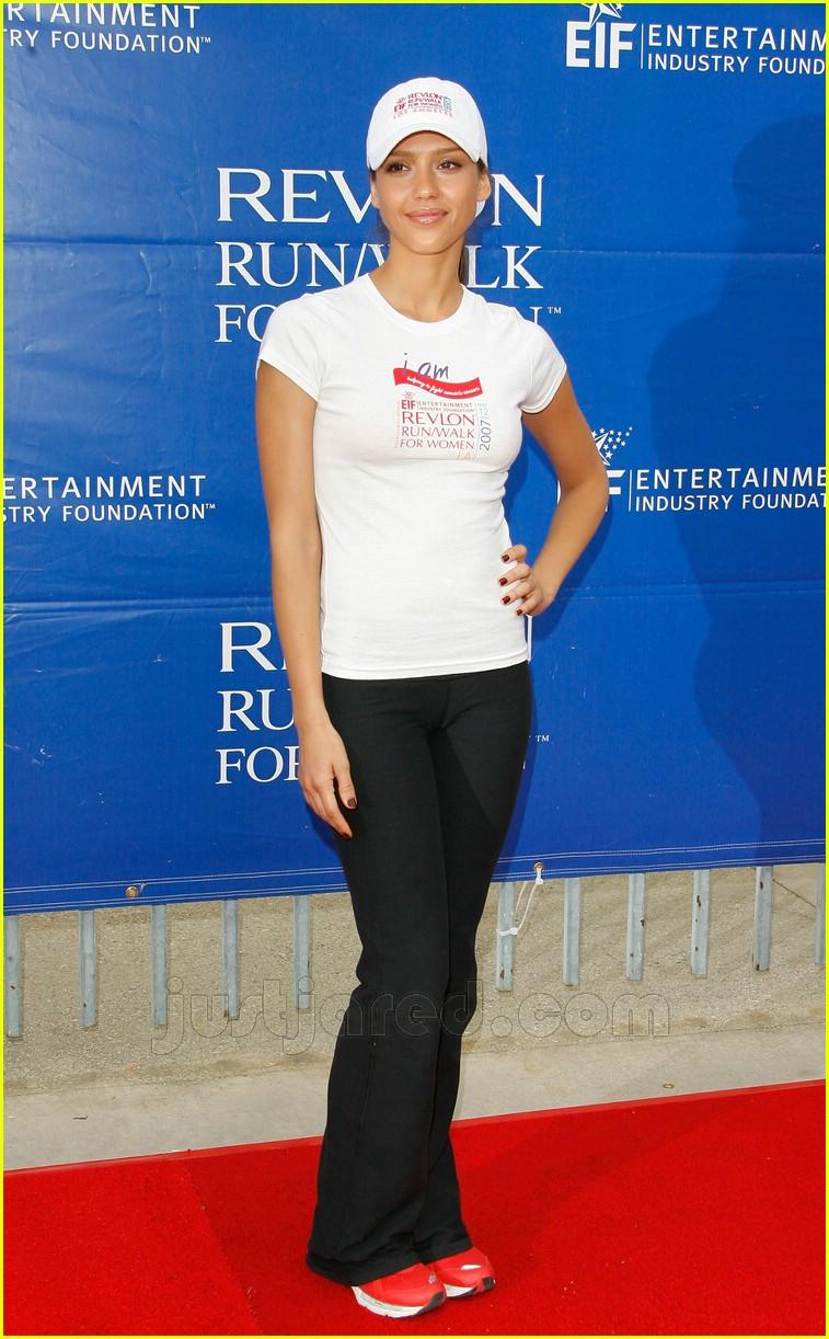 Celebrities @ Revlon Run/Walk 2007: Photo 160571   Jessica Alba ...