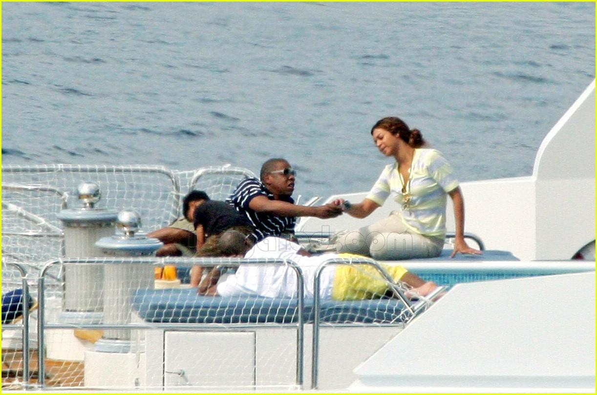 Jay-Z: Hermes Holiday Shopper | Jay Z Photos | Just Jared