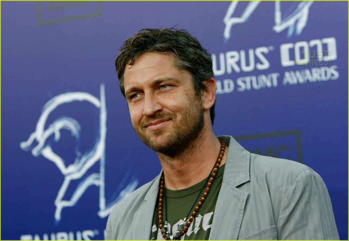 gerard butler world stunt awards 02