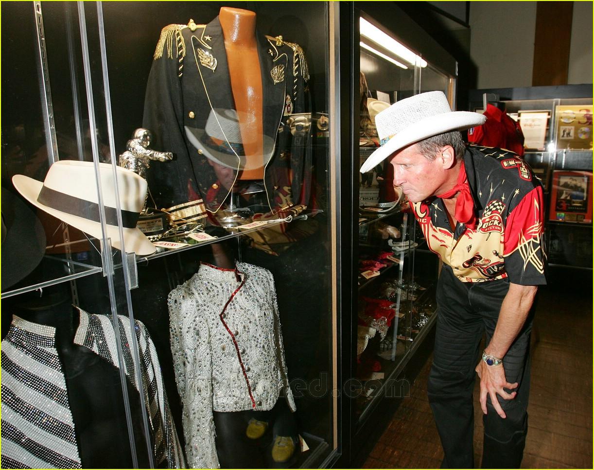 Michael Jackson Going Once Going Twice Photo 408421