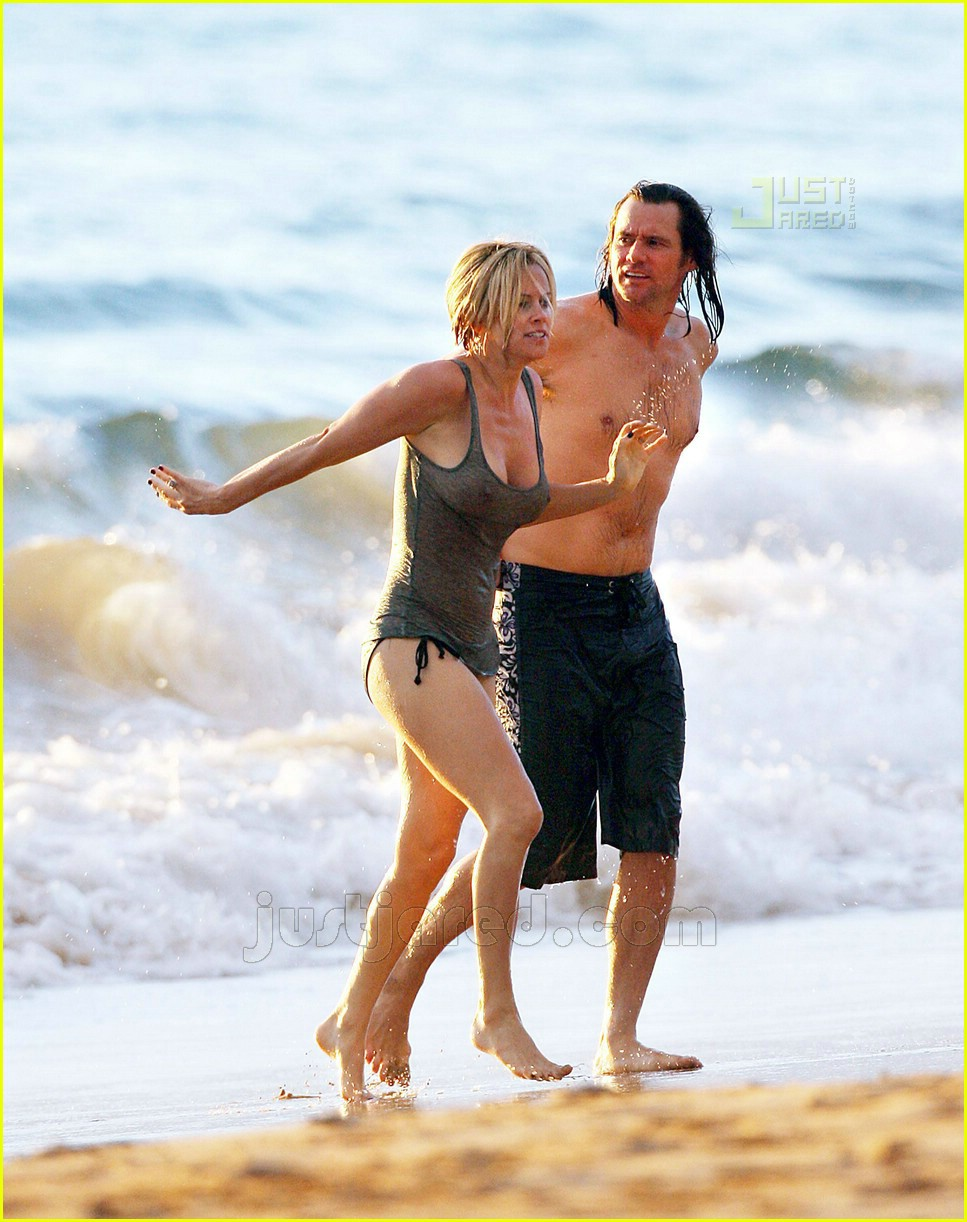 jim carrey jenny mccarthy hawaii 13