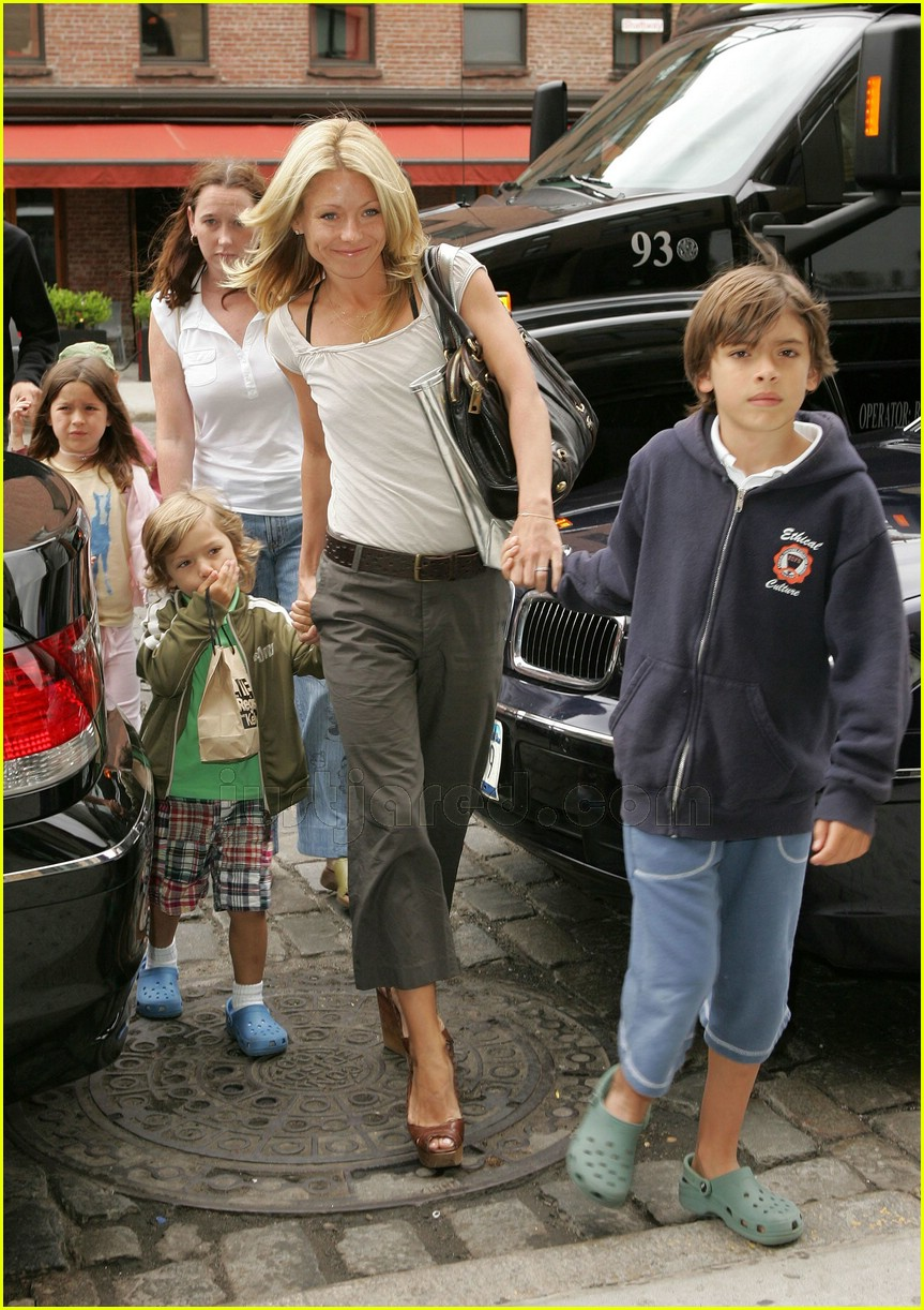 Kelly Ripa's Kids' Day Out