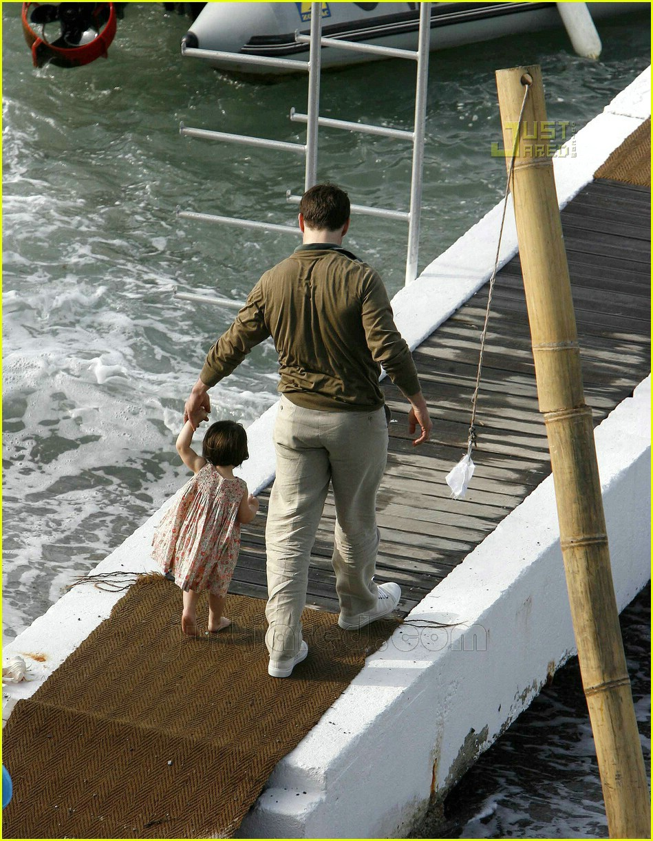 tom katie suri cruise 40