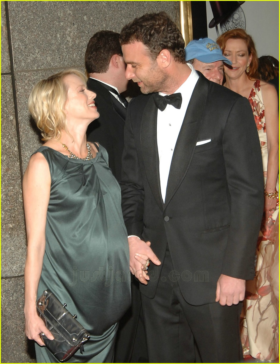 Full Sized Photo of naomi watts tony awards 2007 01 ... Naomi Watts Children