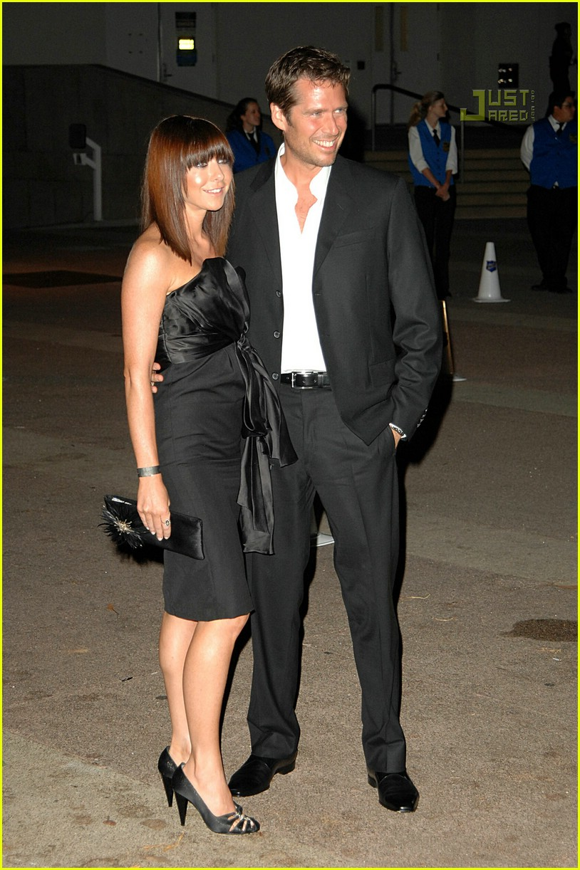 alyson hannigan beckham party 04501781