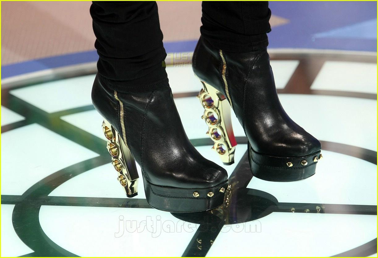 rihanna brass knuckle heels 03