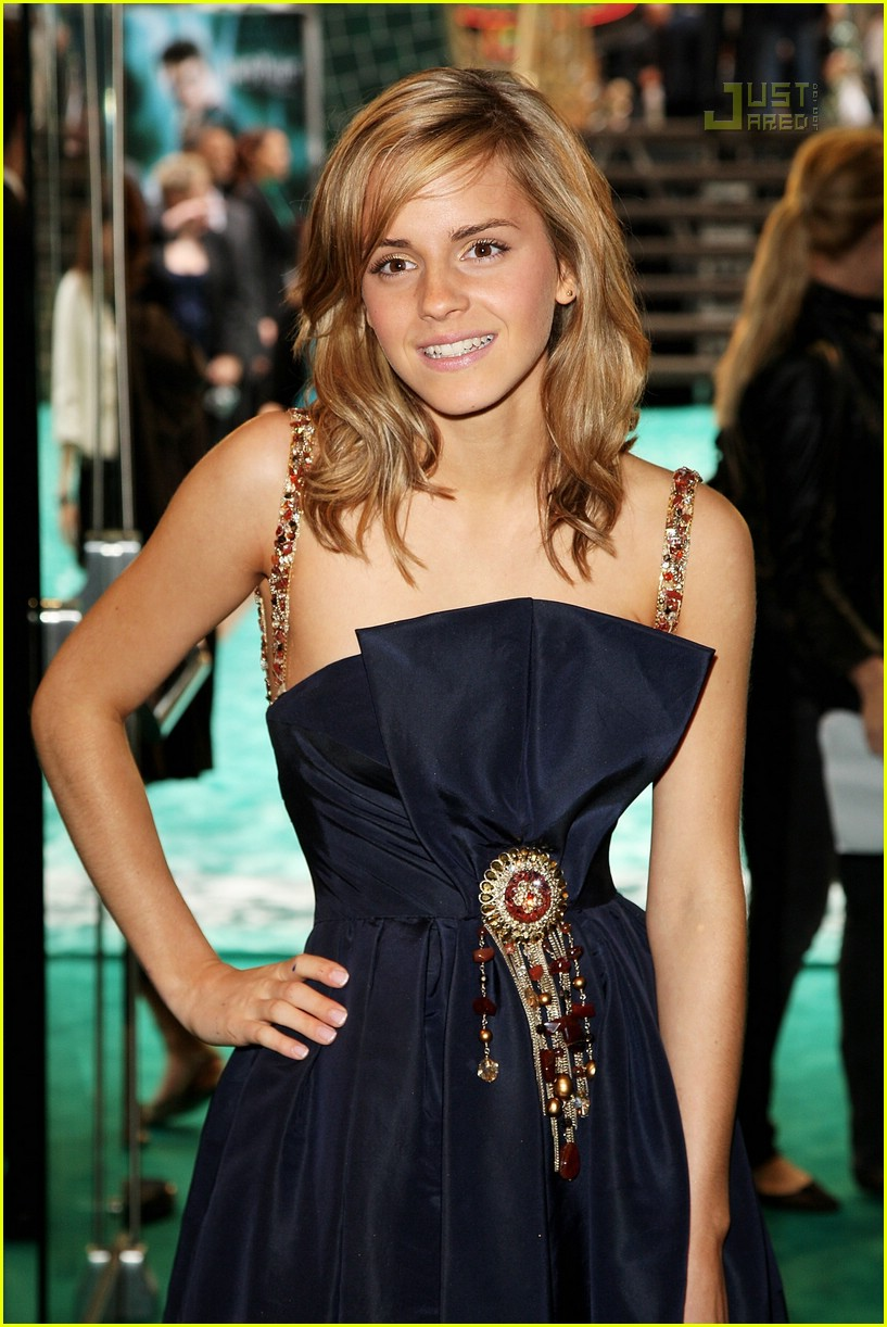 emma watson chanel dress 12